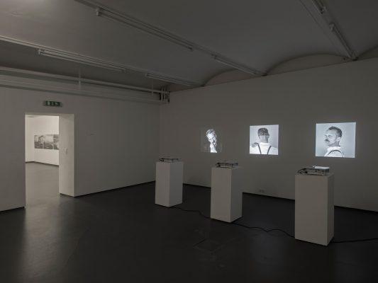 WERKSCHAU XIX - MICHAEL MAURACHER Ausstellungsansicht Fotogalerie Wien