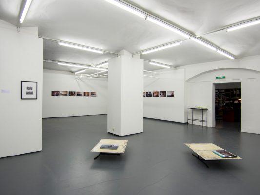 MOBILITÄT II  Ausstellungsansicht Fotogalerie Wien